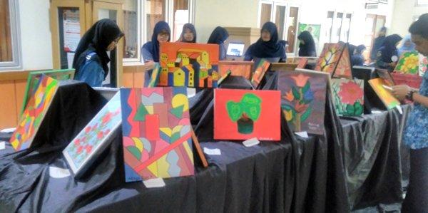 Pameran Seni Rupa Media Ekspresi Mahasiswa